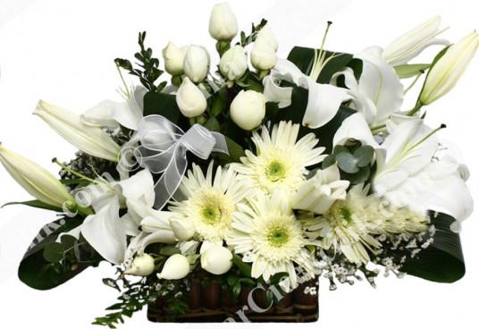 Beyaz Sevgi Lilyum ve Gül C-AR135