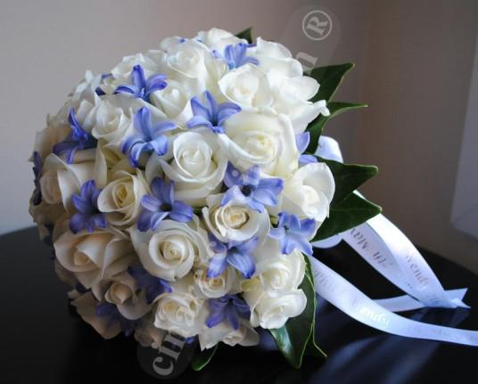 Mavişim Beyaz Gül Gelin Buketleri