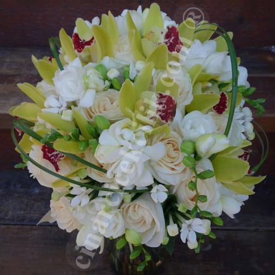 Somon Gül Beyaz Firezya Orkide Gelin Buketleri