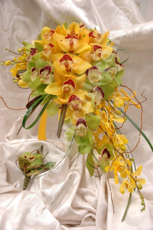 Sarı Yeşil Orkide Gelin Buketleri