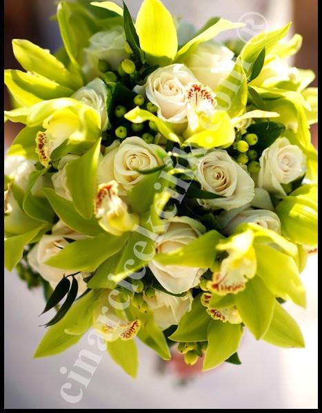 Gelin Buketi Yeşil Orkide Beyaz Gül