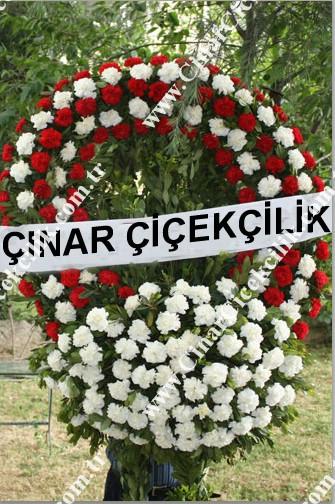 Kırmızı Beyaz Karanfil Cenaze Çelenği