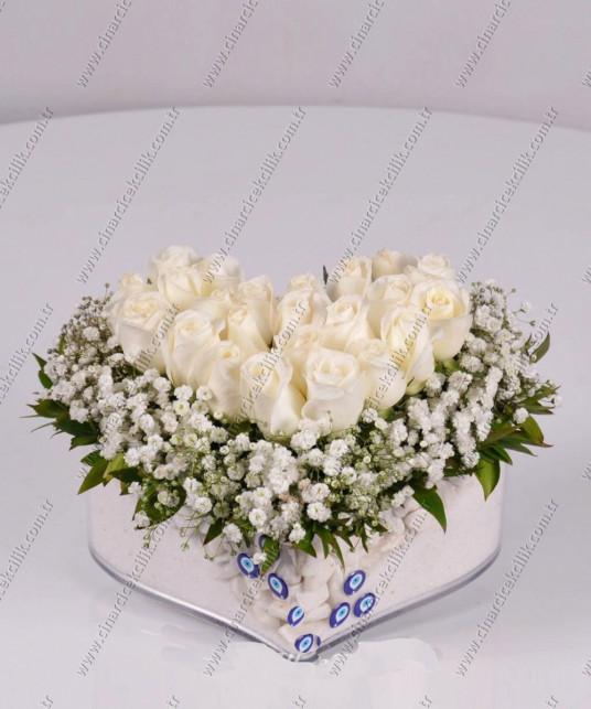 Kalbimin İçi Beyaz Güller C-CAM132