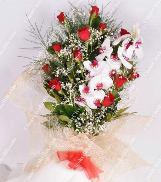 Kalbim Senin Orkide Kırmızı Gül  Buketi C-BUK158