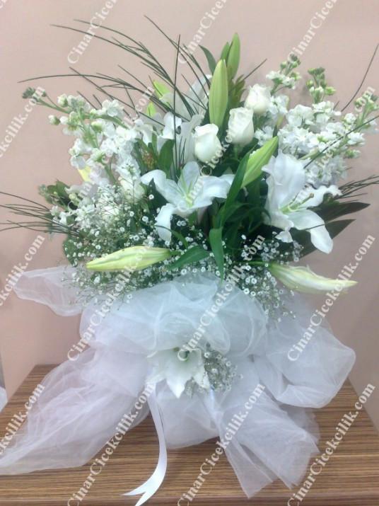 Beyaz Esinti Beyaz Kokulu Çiçek Buketi C-BUK151