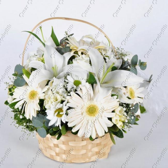 Sade Güzellik Lilyum Gerbera çiçek Sepeti Aranjman çiçek