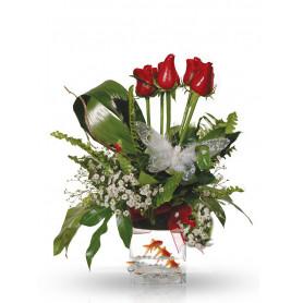Kırmızı Gül İle Hazırlanmış Balıklı Çiçek Aranjmanı