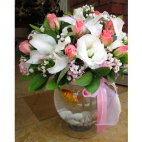 Pembe Gül Lilyum Lisyantus Balıklı Çiçek