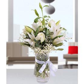 Beyaz İnci Beyaz Lilyum Gül Aranjmanı C-AR150