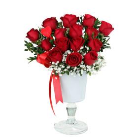 Aşkın Kadehi 15 Kırmızı Gül C-CAM120