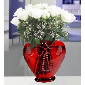 Canım Aşkıma Kalp Vazoda 11 Beyaz Gül