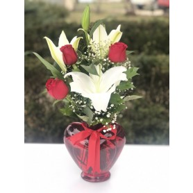 Kırmızı 3 Gül Zambak - Red Lovers