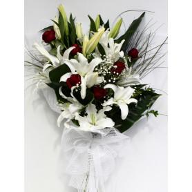 Beyazın Büyüsü Lilyum Gül Buketi C-BUK146