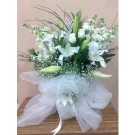 Beyaz Esinti Beyaz Kokulu Çiçek Buketi