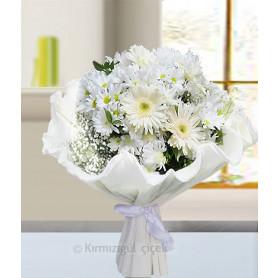 Tatlı Beyaz Kır Çiçek Buketi C-BUK152